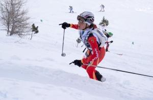Mireia Miro disputando la carrera individual de esqui montaña copa del mundo ahrntal 2013 detalle
