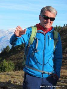 Montañismo: Peter Habeler en Dolomitas, guiando para el International Mountain Summit.