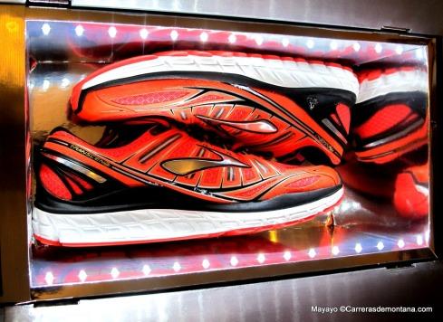 Zapatillas brooks trascend, el gran lanzamiento del año.