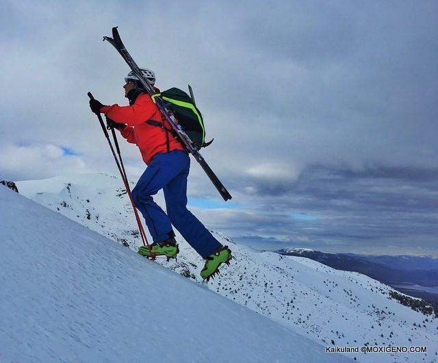 Esqui de Montaña: Qué necesitas en tu mochila para el esquí de travesía.