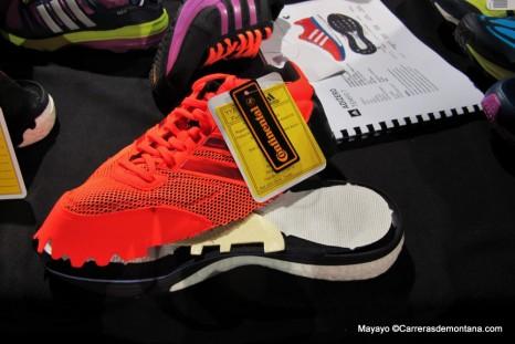 Adidas Boost: Sección de unas Adizero para observar la mediasuela con Boost