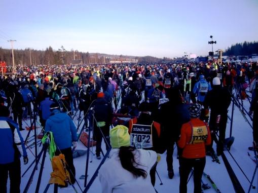 Vasaloppet: Amanece sobre la salida. Foto: Mayayo
