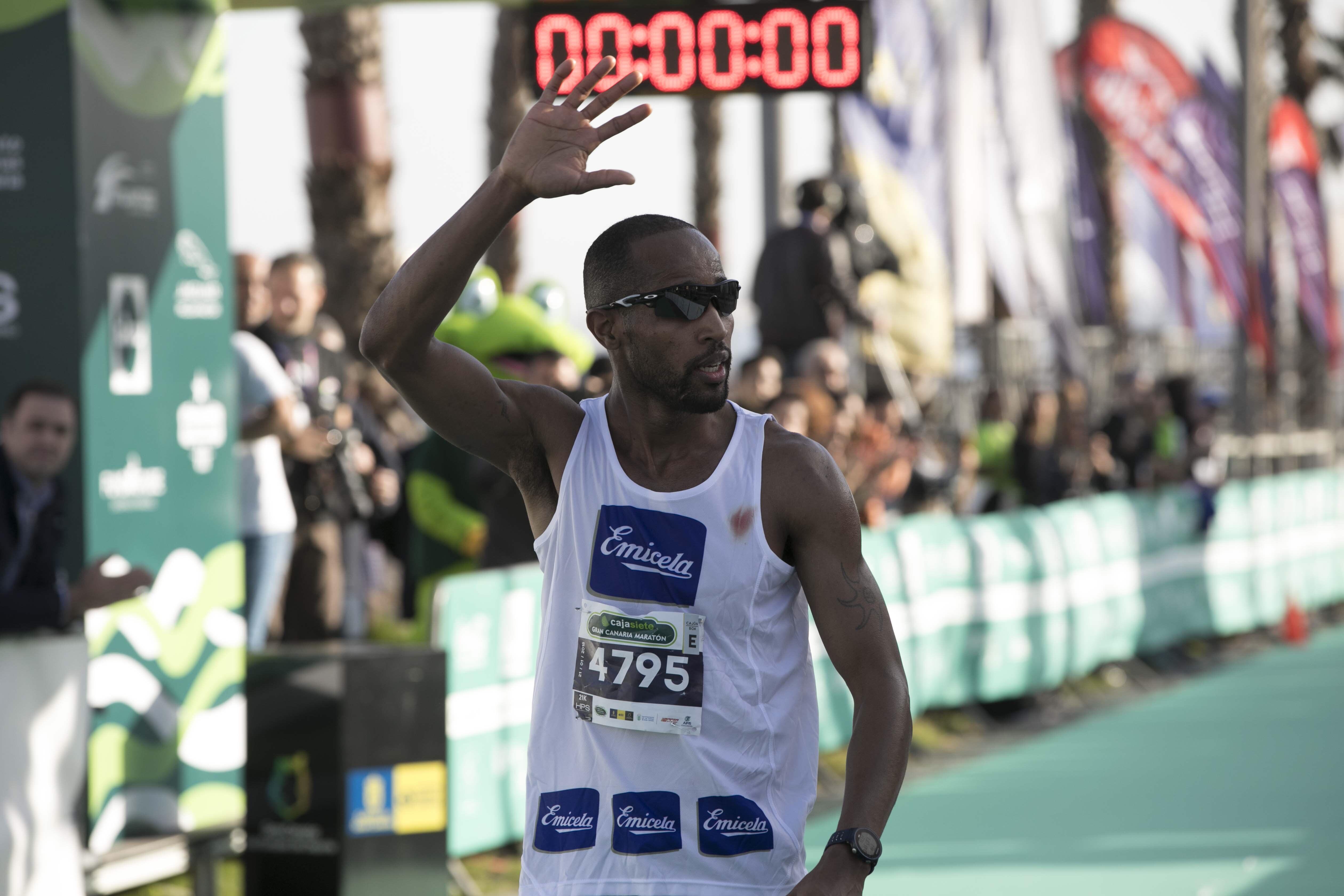Maraton Gran Canaria 2018: Crónica, resultados y fotos. Ganan Mbugua y Chepleting.