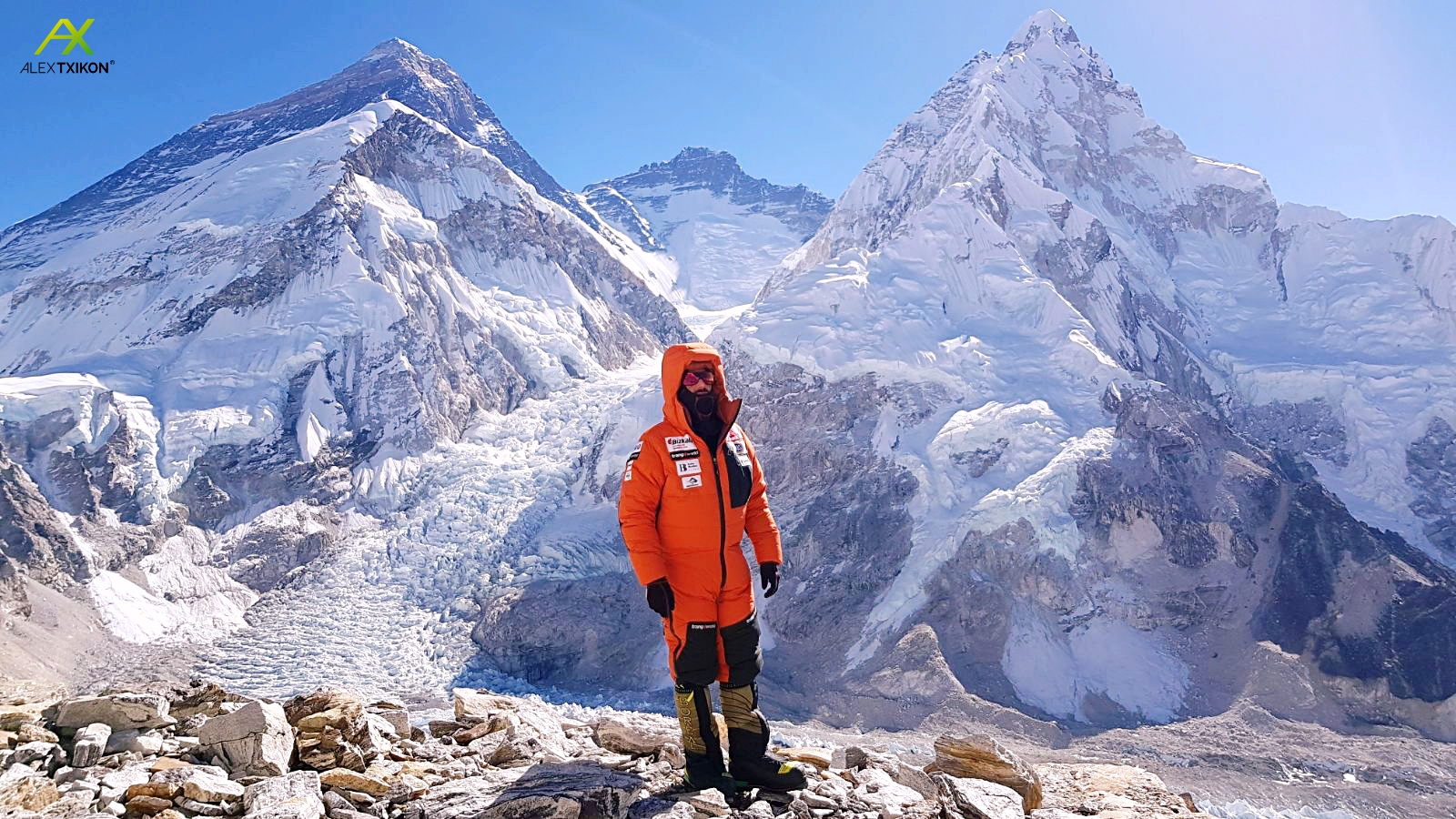 Everest Invernal: La expedición Alex Txikon asaltará el Pumori (7.161m) tras fijar C2 a 6.500m