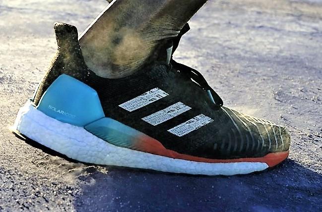Adidas SolarBoost: Zapatillas running polivalente. (295gr/Drop10mm): Prueba 450km por Mikel Leal y alternativas, por Mayayo.