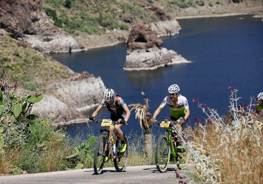 Transgrancanaria Bike 2018: Crónica, resultados, fotos y video. Campeons Francesc Guerra y Lourdes Bethencourt.