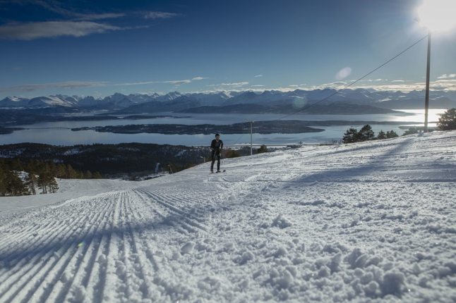 kilian jornet record esqui de montaña vertical noruega (4) (Copy)