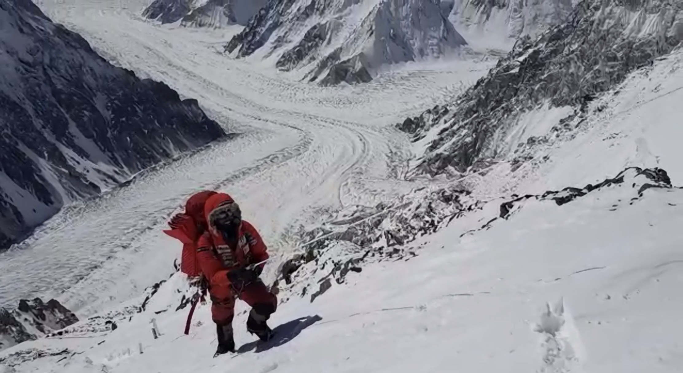 ALEX TXIKON SE RETIRA K2 INVERNAL 2019. VIDEO, FOTOS Y CRÓNICA PERSONAL DE ALEX.
