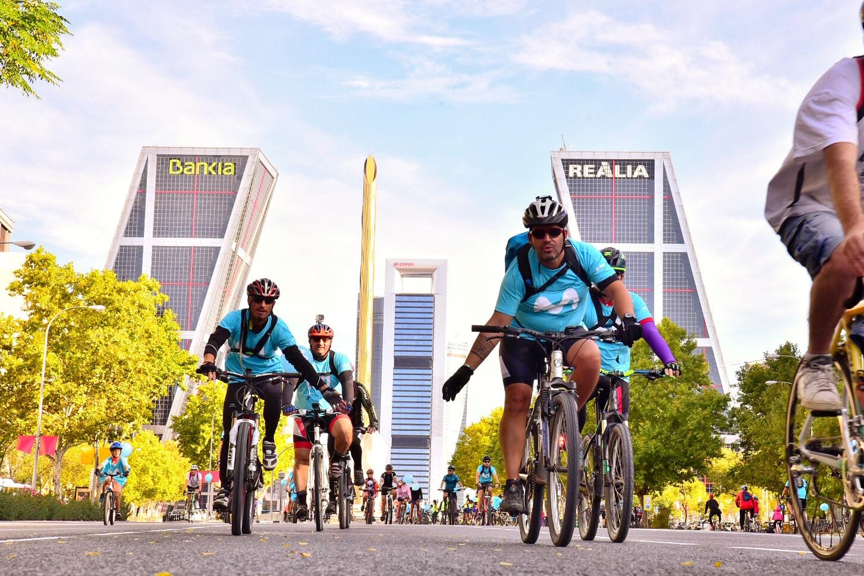 FIESTA DE LA BICICLETA MADRID 2019 (6OCT): 41 años de la fiesta de la bici en Madrid con Pedro Delgado.