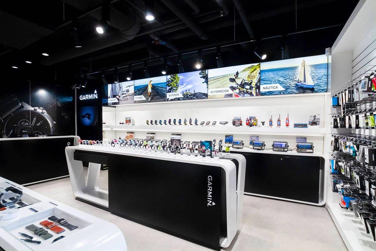 Tiendas Garmin y Salomon en Madrid y Barcelona reabren tras COVID19. Novedades material deportivo ya disponibles.